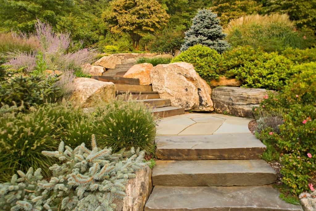 Природный камень в садово-парковом дизайне